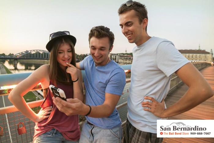 Teens Love Their Smartphones Highland