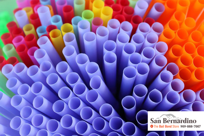 plastic straw laws n california