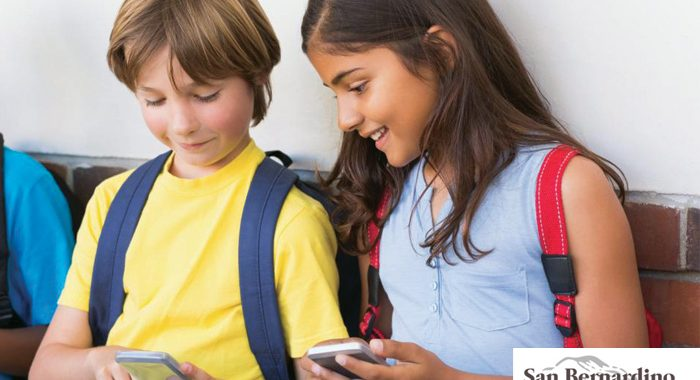 Could Cellphones Be Banned In California Schools?